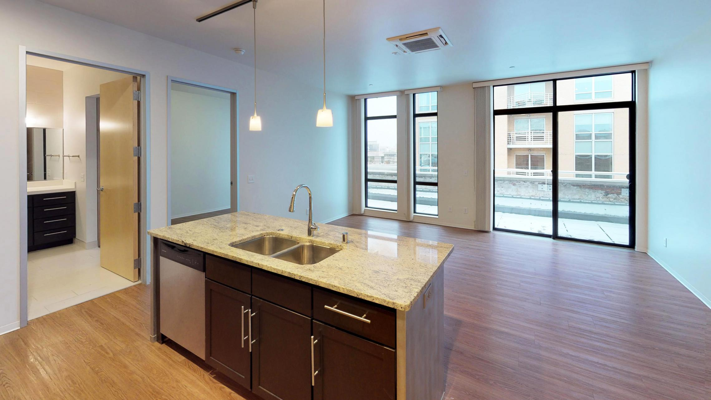 Capitol-Hill-500-Kitchen-living room-one bedroom-lakeview-balcony-penthouse-luxury.jpg