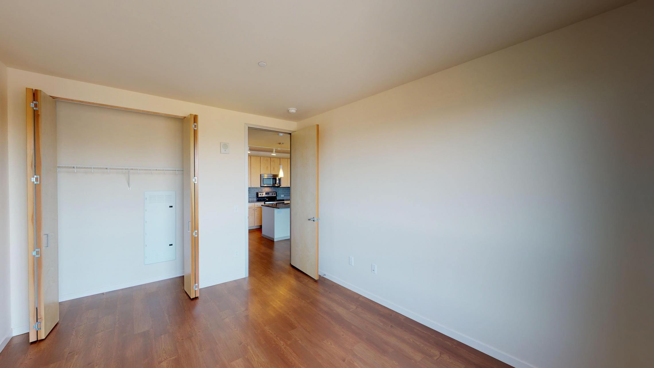 Nine-Line-Apartment-517-bedroom-closet-upscale-high end-modern-lifestyle-lake-view-capitol-downtown.jpg