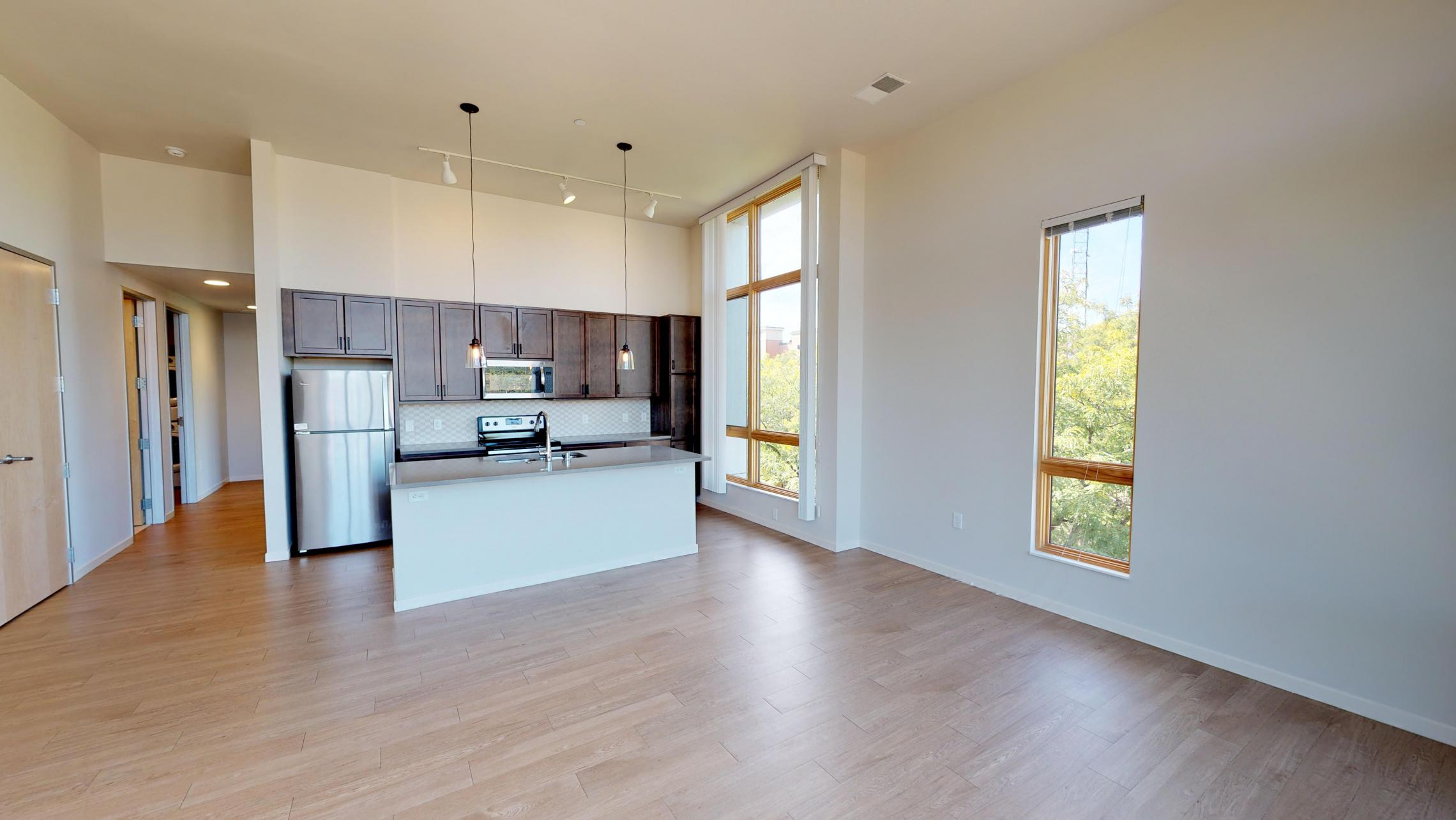 Quarter-Row-Apartment-415-Two-Bedroom-Capitol-Corner-Modern-Downtown-Madison-Lake-Bike