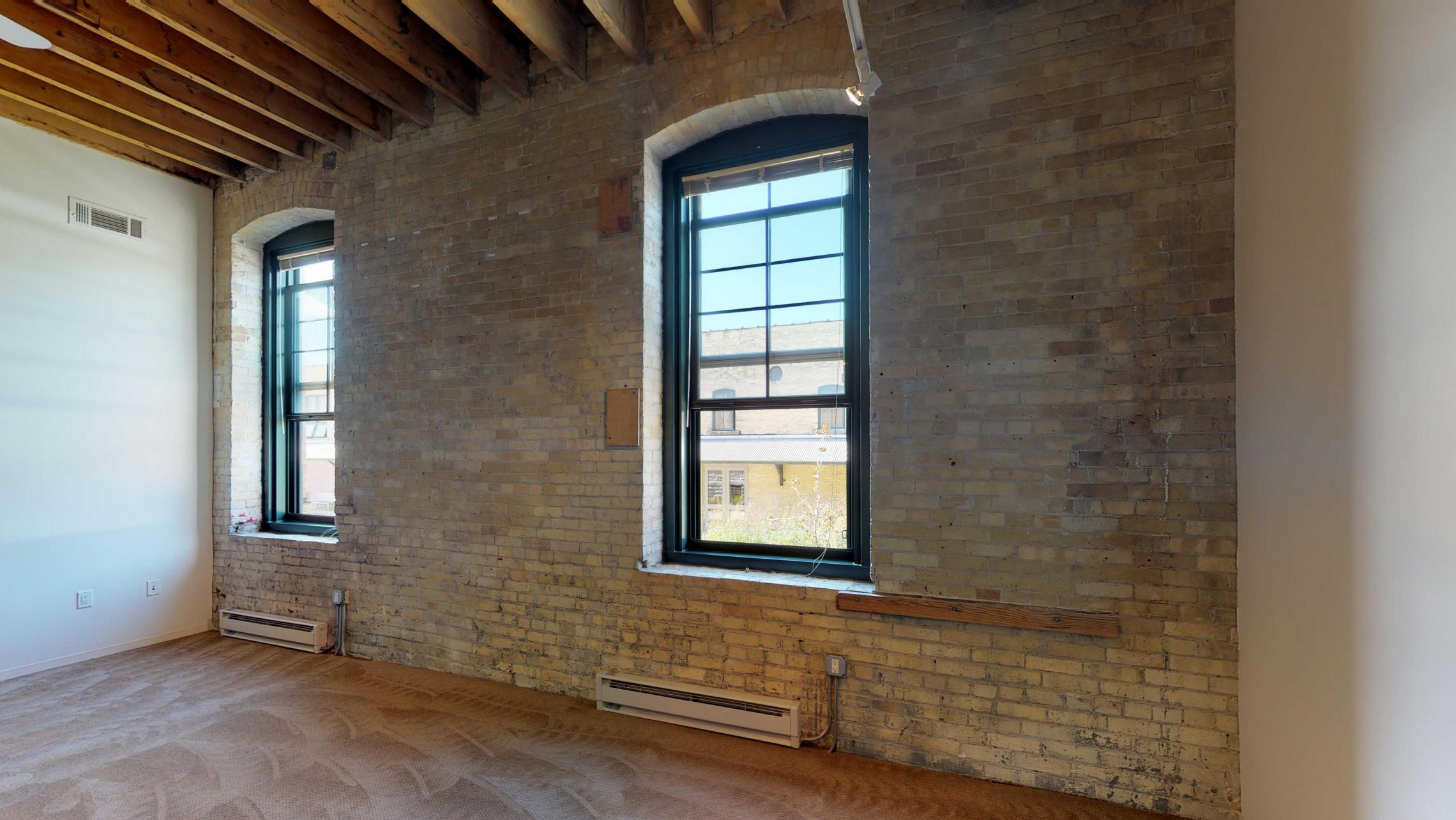 Tobacco-Lofts-Apartment-E210-exposed-brick-one-bedroom-historic-downtown-yards-Madison