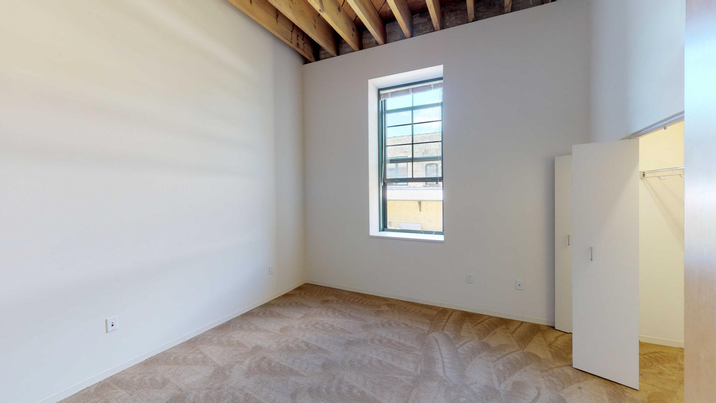 Tobacco-Lofts-Apartment-E210-one-bedroom-downtown-Madison-historic-Yards
