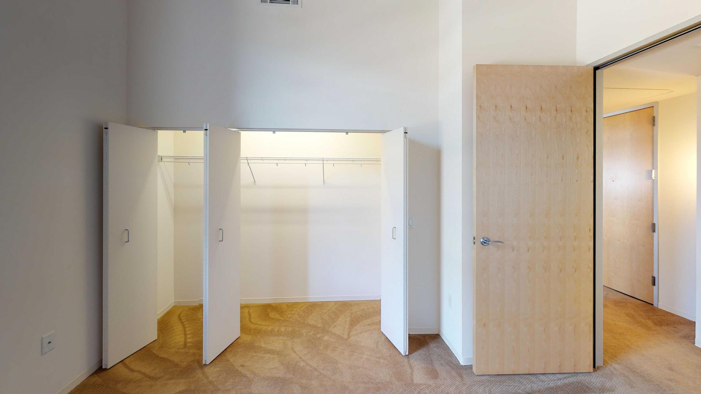 Tobacco-Lofts-Apartment-E210-one-bedroom-Madison-yards-downtown-historic-closet.jpg