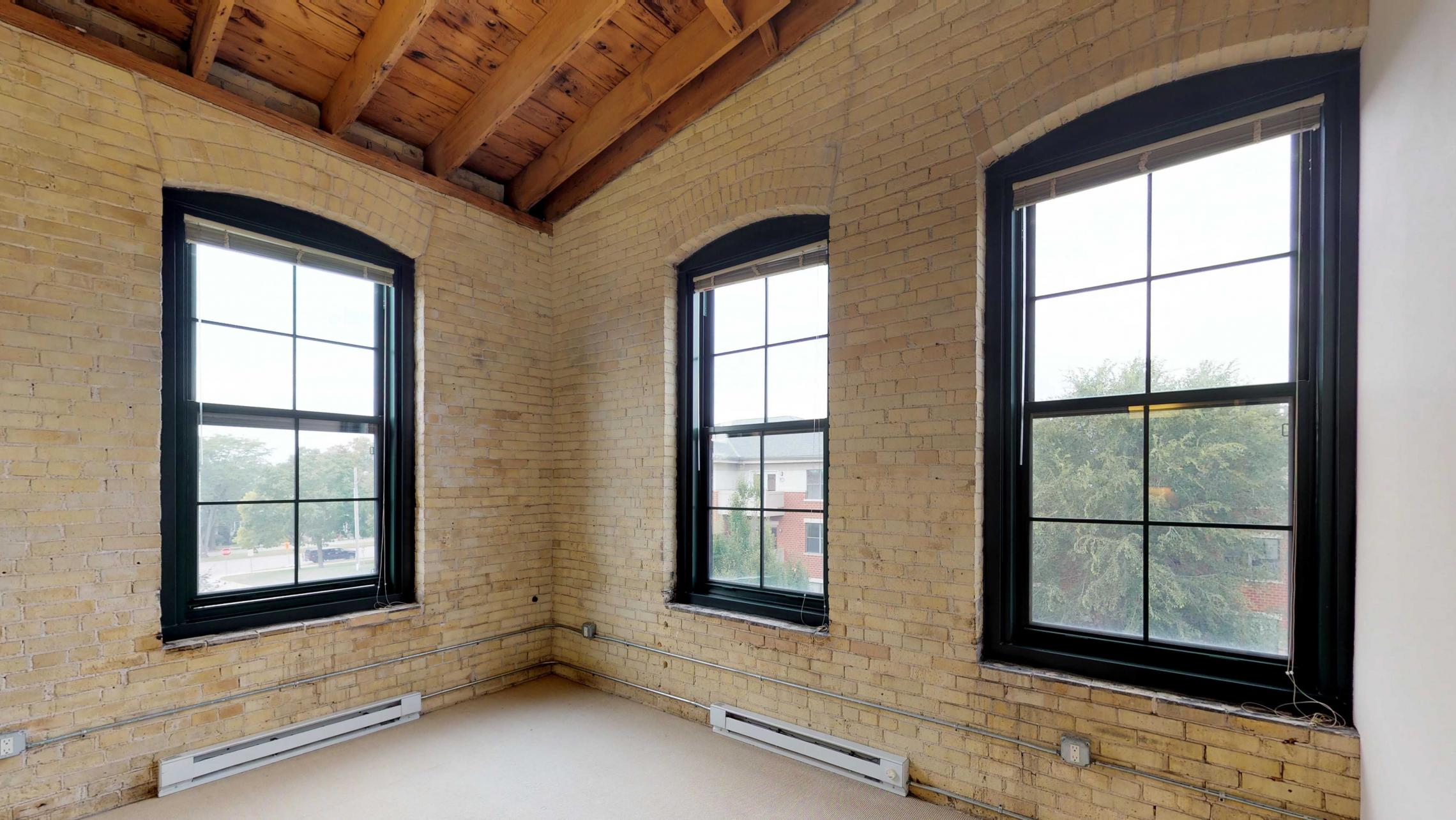 Tobacco-Lofts-Apartments-E312-Two-bedroom-Corner-Downtown-Madison-Historic-Yards-Exposures-Windows.jpg