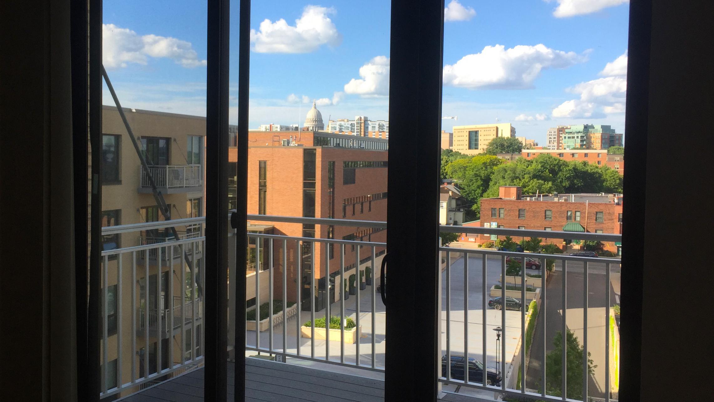 ULI Nine Line Apartments 519 - Capitol View