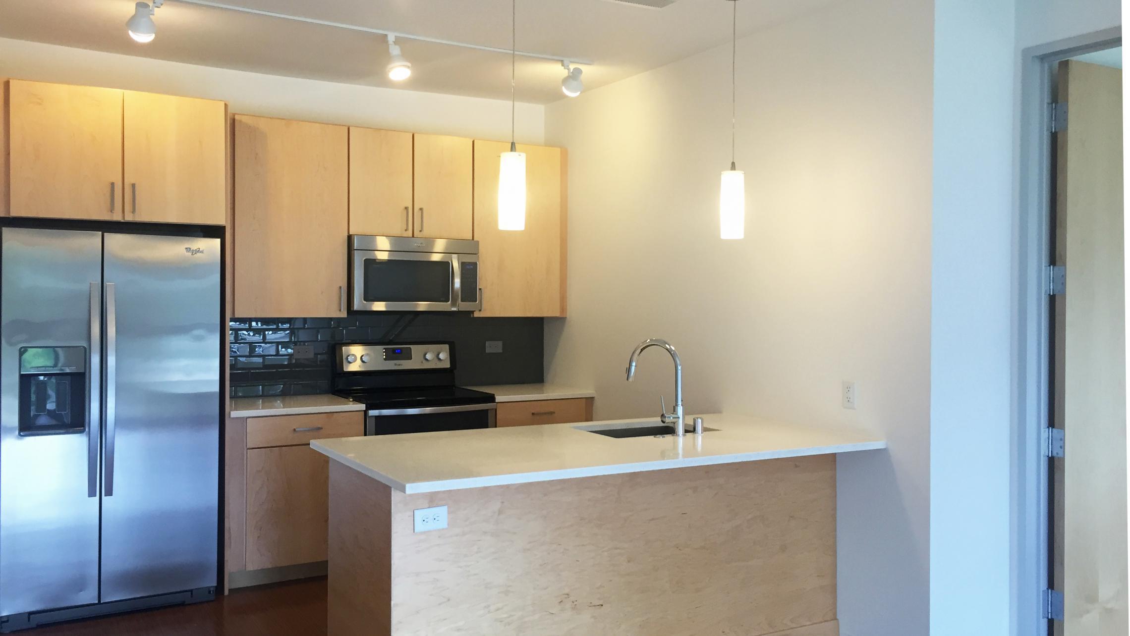 ULI Seven27 Apartment 337 - Kitchen