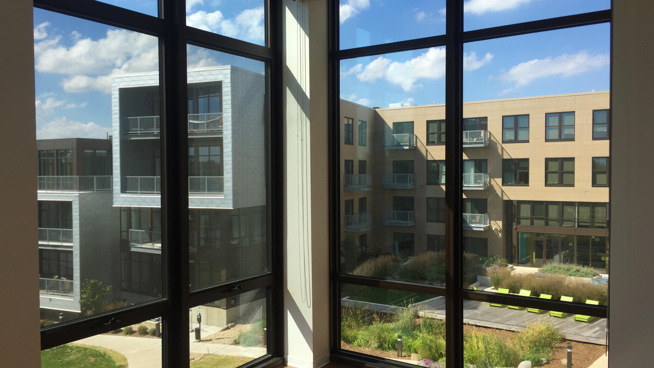 ULI Seven27 Apartment 339 - Bedroom Windows