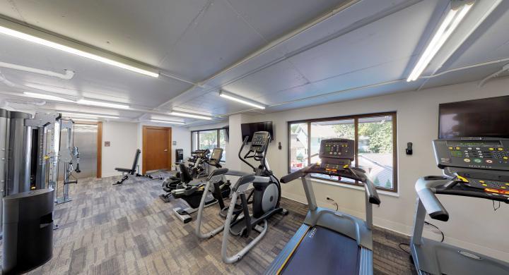 1722-Monroe-Fitness-Center-modern-Madison-Apartments-Capitol-Views