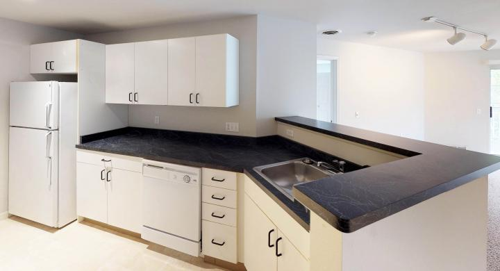 Wilson-Bay-306-Apartments-two-bedroom-kitchen-downtown